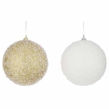 4x grote kerstballen wit en goud 10 cm kerstversiering/kerstdecoratie