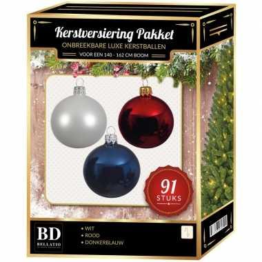 Witte/donkerblauwe/rode kerstballen pakket 91-delig voor 150 cm boom