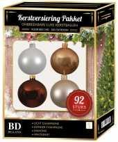 Champagne wit beige bruin kerstballen pakket 92 delig voor 150 cm boom