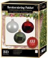 Witte donkerrode donkergroene kerstballen pakket 133 delig voor 180 cm boom